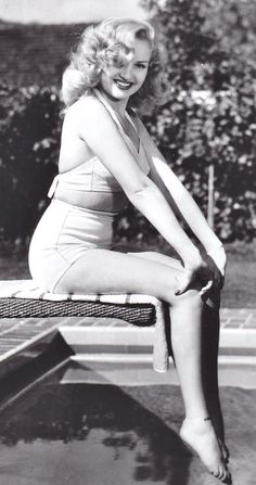 Betty Grable wearing a bathing costume. Pretty Retro Style Icons; www.prettyretro.co.uk
