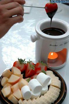 1000+ images about FONDUE on Pinterest | Chocolate fondue, Lemon cream ...