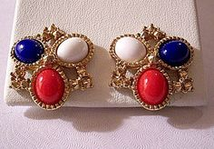 Red White Blue Patriotic USA Clip On Earrings Gold Tone Vintage Raised Pyramids Nail Heads Oval Lucite Cabochon Beads