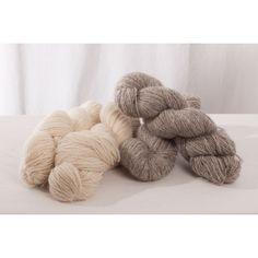 custom woolen mills - lincoln longwool mule spinner 2-ply wool yarn : sport-wt - lincoln longwool + merino wool (slippers, rugs) - natural white / grey