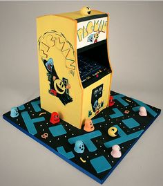 All incessant Pac-Man fans have a reason to rejoice. The new pac-man cake created by Cupcake Jonas for an all-time pac-man fan is not just yummyliscious but also very realistic looking funiliscious. Pretty Cakes, Cute Cakes, Beautiful Cakes, Amazing Cakes, Crazy Cakes, Fancy Cakes, Unique Cakes, Creative Cakes, Pac Man Cake