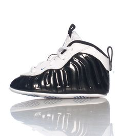 NIKE+Infant+sized+Foamposites+Lace+up+closure+Shiny+threading+throughout+Cushioned+for+comfort