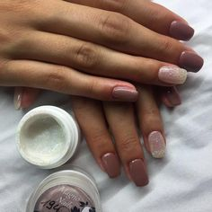 Nagelmodellage mit Perl Gel 729 Nude und Glitter Gel 848 Rainbow  #Instagram #Nailstagram #Nails #Nageldesign #Nailart #Naildesign #Chromenails #Nailartclub #manicure #video #tutoral #videos #loveit #diy #colorful #love #lovely #creative #inspiration #Makeup #beauty #kosmetik #naillove #nailstudio #Nailfan #Gelnails #instanails #nailartlove