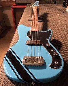 Bass Guitar - Always Aspired To Learn Guitar? Bass Guitar Case, Custom Bass Guitar, Prs Guitar, Music Guitar, Cool Guitar, Bass Guitars, Custom Guitars, Learn Electric Guitar, Electric Guitar Chords