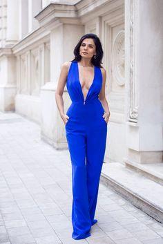 Rhea Costa Electric Blue Jumpsuit http://www.rheacosta-shop.ro/details/rst15017jp