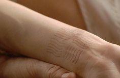 leeloo's tattoo, fifth element