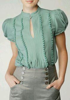 Falda comoda botones, le agregan elegancia