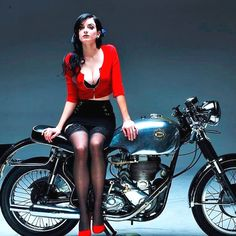 combustible-contraptions:  Pin Up & her Nice Stool 1956 BSA 500 Cafe Racer | Brat Tracker | DBD34 | Gold Star The Gold Star dominated the Isle of Man Clubmans TT in 1956 | The DBD34 had a 180 kph 110 mph top speed Vintage BSA Motorcycles | Birmingham Small Arms Company Limited | Produced motorcycles from 1912 - 1972 notably the Gold Star & Rocket | 1965 Orange Spitfire