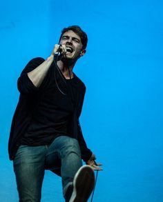 David Boyd / New Politics Im Losing My Mind, Lose My Mind, Emo Bands, Music Bands, Im Lost, Scene Girls, New Politics, 13 Year Olds, Fall Out Boy