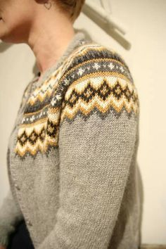 Nordkappkofta {love these tones} Knitting Projects, Knitting Patterns, Crochet Patterns, Norwegian Knitting, Nordic Sweater, Icelandic Sweaters, Knit Basket, Fair Isle Knitting, How To Purl Knit