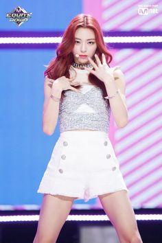Kpop Style Kpop Fashion Kpop Clothing Kpop Outfit ITZY Style ITZY Fashion ITZY Clothing ITZY Outfit Yuna Stage Style Yuna Stage Fashion Yuna Stage Clothing Yuna Stage Outfit #FashionChingu #ITZY #Yuna #ITZYYuna #ITZYStageOutfit #YunaOutfit #ITZYFashion