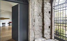 Edoardo Milesi Progetto: Casa in Città Alta Luogo: Bergamo Alta Anno: 2012  Leggi l'articolo su INTERNIMAGAZINE Foto © Ezio Manciucca