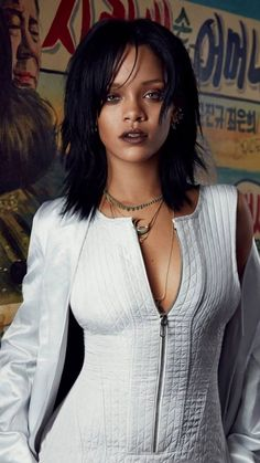 Rihanna looks incredible on the front cover of W magazine Korea, for their anniversary issue, out in March Rihanna Cover, Rihanna Daily, Mode Rihanna, Rihanna Riri, Rihanna Style, Christina Aguilera, Beyonce, W Magazine, Magazine Covers