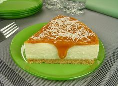 Cheesecake de coco com doce de leite