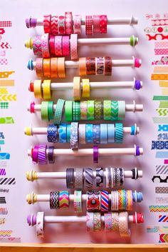 more washi roll storage possibility. One more washi roll storage possibility. Diy Washi Tape Holder, Washi Tape Storage, Washi Tape Diy, Washi Tapes, Masking Tape, Ribbon Storage, Paper Storage, Craft Room Storage, Craft Organization