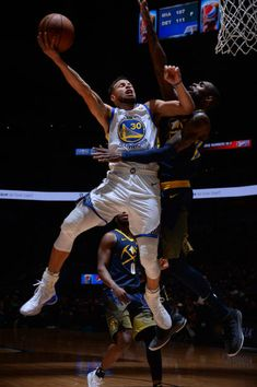 Stephen Curry of the Golden State Warriors goes to the basket against the Denver Nuggets on February 3 2018 at the Pepsi Center in Denver Colorado. Stephen Curry Basketball, Mvp Basketball, Basketball Games For Kids, Basketball Scoreboard, Stephen Curry Family, Nba Stephen Curry, Stephen Curry Wallpaper, Wardell Stephen Curry, Stephen Curry Pictures