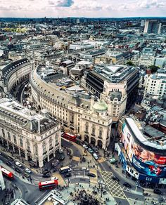 #London#Picadelly#Amazing