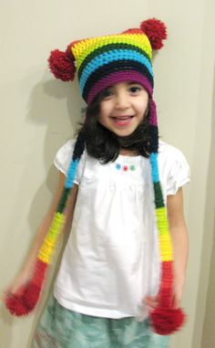freee pattren...Ball Hank n' Skein: Rainbow Extravaganza Pom Pom Hat