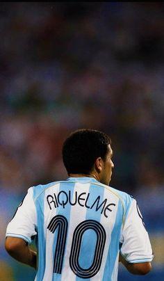 Antonio Conte, Retro Football, Soccer Stars, Lionel Messi, Fifa, Goku, Wallpapers, Hs Sports, Soccer