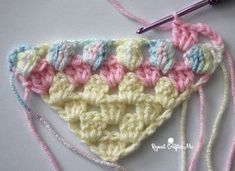 How to Crochet Corner-to-Corner using the Granny Stitch - Repeat Crafter Me Crochet Afghans, Crochet Baby Blanket Free Pattern, Crochet For Beginners Blanket, Granny Square Crochet Pattern, C2c Crochet, Crochet Stitches Patterns, Crochet Squares, Crochet Gifts, Easy Crochet