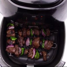 Sue -These Air Fryer Steak Kebabs are a quick and easy delicious meal. No need for an outdoor grill when making these skewers. The steak is marinated in a delicious sauce and the vegetables are air fried to perfection. Add this to your weekly menu plan. Air Fryer Oven Recipes, Air Frier Recipes, Air Fryer Dinner Recipes, Air Fryer Recipes Vegetables, Cooks Air Fryer, Air Fryer Steak, Instant Pot, Air Fried Food, Kebab