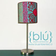 Lámpara velador base cromada y pantalla cilíndrica