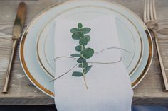 rustic gold place setting
