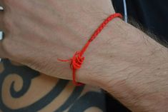 Wool String Around The Wrist Reduces Pain And Improves Blood Circulation Red String Bracelet, Improve Blood Circulation, Beaded Bracelets, Wool, Beauty, Absorber, Foot Massage, Youtube, Massage Therapy