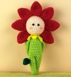 Questa bambolina fiore a uncinetto mi è subito piaciuta e quindi, passando avanti a tutti gli altri schemi in attesa di essere segnalati, entra di diritto nei miei preferiti della raccolta di schemi
