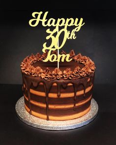The simple elegance of a chocolate buttercream cake, I wish you could all smell . Chocolate Drip, Chocolate Cake, Birthday Cake For Men Easy, Chocolate Buttercream Cake, Simple Elegance, Cake Toppers, Icing, Cake Decorating, Sweet Tooth