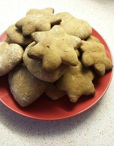 Ekat rouva Reposen piparit.Paksuja ja rouheisia.Joulun ihmeitä odotellen😊