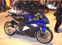 Yamaha YZF R6 R '08 2008 Moto Yamaha YZF R6 R '08 2008 vendo usato a palermo € 6.000 Motos Yamaha, Yamaha Yzf R6, Palermo, Car Wheels, Motorcycle, Bike, Toys, Vehicles, Sportbikes