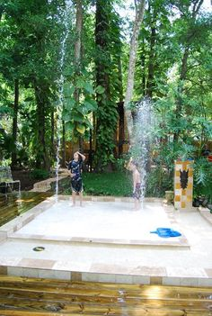 DIY splashpads!! Awesome idea. Would love to find a way to redirect the drainage so its not such a waste.