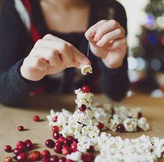 christmas activities - Homemade Christmas garland