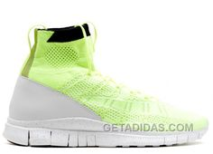 Nike Htm Free Mercurial Superfly Sneakers In Green Nike Air Jordan Retro, Air Jordan Shoes, Men's Shoes, Nike Shoes, Sneakers Nike, Christmas Deals, Super Deal, Retro Shoes, Superfly