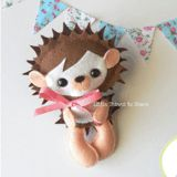Little Things to Share - Erin the Hedgehog Felt Pattern