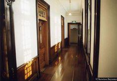 洋館 廊下 - Google 検索