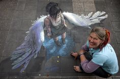 Chalk artist Jenny McCracken with one of her award-winning creations. Chalk artist Jenny McCracken with one of her award-winning creations. 3d Street Art, Amazing Street Art, Street Art Graffiti, Street Artists, Amazing Art, Awesome, Chalk Artist, 3d Chalk Art, Art 3d