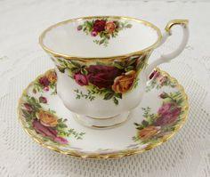 Royal Albert Old Country Roses tè tazza e piattino Vintage
