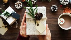 15 Modern Ways To Wrap Your Holiday Gifts - Not into traditional red and green wrapping paper or prancing reindeer? These modern gift wrap ideas will make any holiday presents look more sophisticated and stylish. Noel Christmas, Christmas Presents, Christmas Budget, Christmas Hacks, Modern Christmas, Christmas Wrapping, Christmas Decor, Classy Christmas, Christmas Postcards