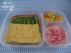 mommy + me lunch box: Wizard of Oz - follow the yellow brick road