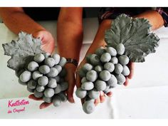 Knetbeton im Angebot Concrete Leaves, Cc Images, Blueberry, Polymer Clay, Stuffed Mushrooms, Pottery, Ceramics, Fruit, Flowers