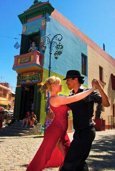 Street tango at La Boca, Argentina