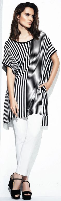 (excellent style for apples) tips for wearing stripes - http://www.boomerinas.com/2013/02/12/cruise-clothing-nautical-stripes-sailor-style/