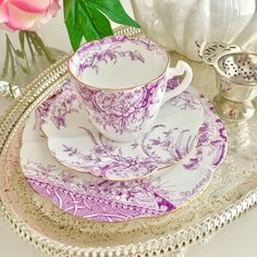KENSINGTON IN LILAC tea cup and saucers, c.1893