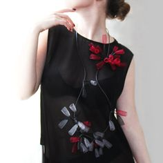 Rubber Necklace, Long Necklace, Unique Design, Unusual Necklace, Mesh Necklace, Contemporary jewerly, Fashion Statement, Black and red