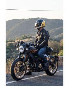 Ducati Scrambler Cafe Racer #motorcycles #caferacer #motos | caferacerpasion.com