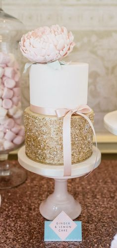 All that glitters is gold! This would be an adorable bridal shower cake!