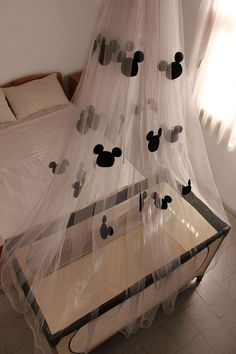 DIY Mickey Mouse Mosquito net