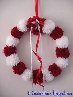 Some lovely ideas to make your Xmas a special one! Merry Little Christmas, Christmas Crafts For Kids, Christmas Projects, Holiday Crafts, Holiday Fun, Christmas Holidays, Christmas Wreaths, Christmas Decorations, Christmas Ornaments